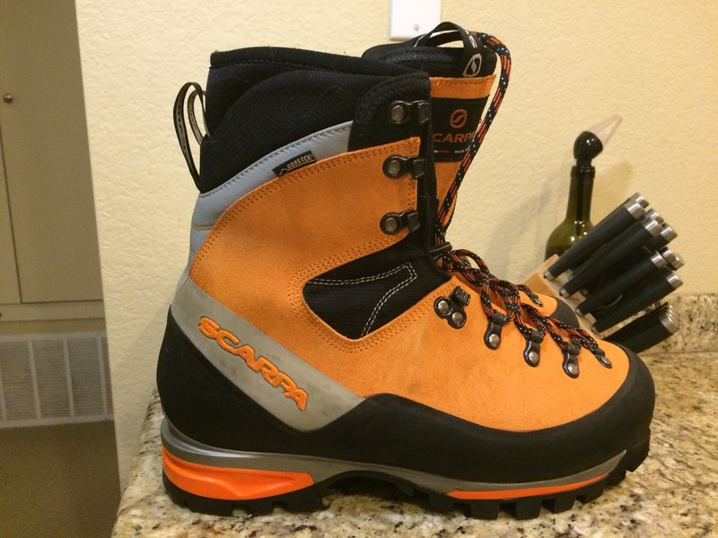 Rock Climbing Photo: Boots - side