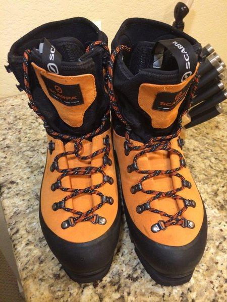 Rock Climbing Photo: boots top 2