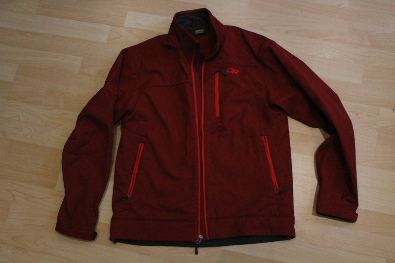 NEW without tag Outdoor Research Transfer Softshel Jacket size M<br> (picture without flash)<br> 45$ (retail: 140$)<br>