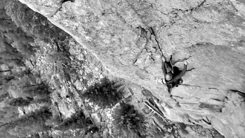 Rock Climbing Photo: pitch 1 or 2 of Mainliner on Sundance Buttress in ...