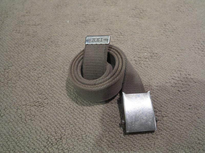 REI web belt fits to 34&quot@SEMICOLON@ $5