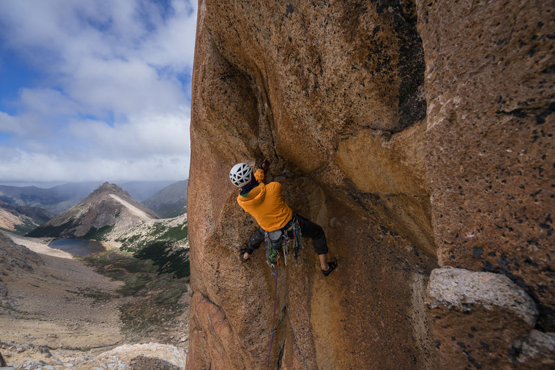 Rock Climbing Photo: Peter Hoang getting into the roof crux section.