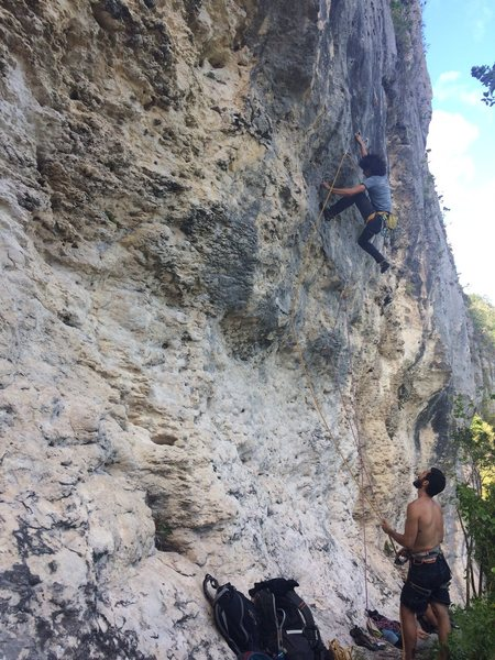 Local PR crusher Jorge Lassus on the first onsight ascent of Revolucion at Caliche Crag.