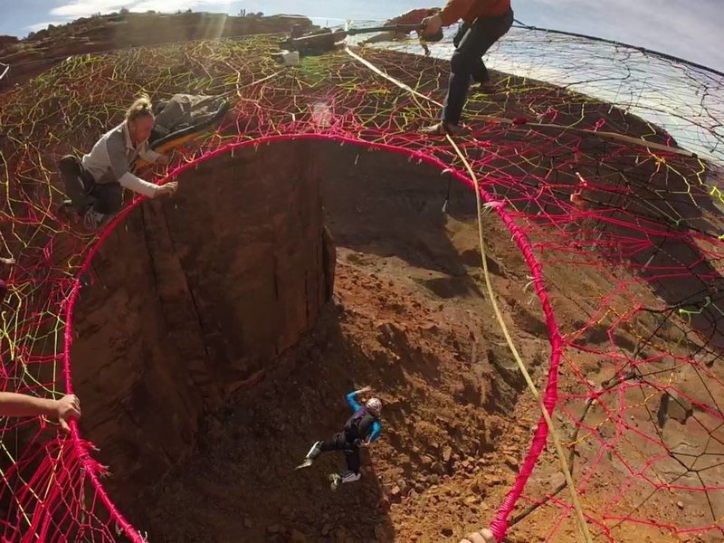 Jumping through the pink hole, Space Net, Uah!