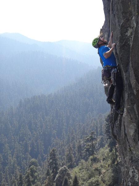 Armando Dattoli climbing the steep upper face of Acrofobia.<br> <br> Photo by Mauricio Herrera Cuadra.