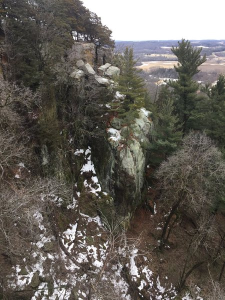 Rock Climbing Photo: Looking down on 3 or 4 sport routes on the east si...