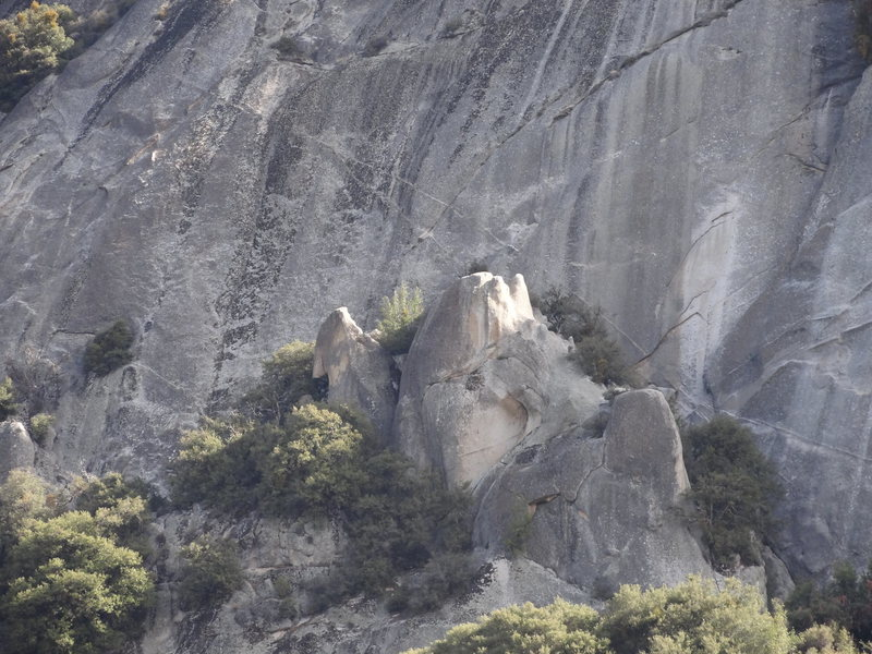 Overview of the upper silly pinnacle