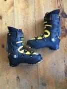Rock Climbing Photo: Spectre boots