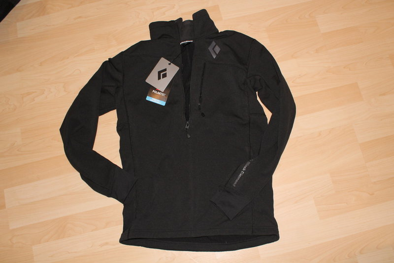 LOWER PRICE 65$ <br> <br> BD CoEfficient half zip, size Medium 75$ (retail 150$)
