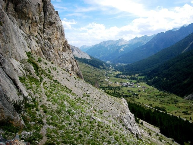Rock Climbing Photo: The trail down and back to the base of the routes ...