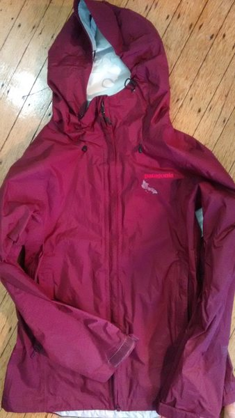 Patagonia Women&@POUND@39@SEMICOLON@s Torrentshell S
