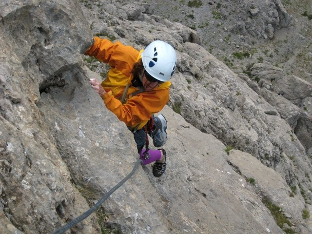 Near the top of the 5th pitch of Voie des Quarantes