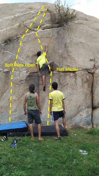 Rock Climbing Photo: Half Mantle