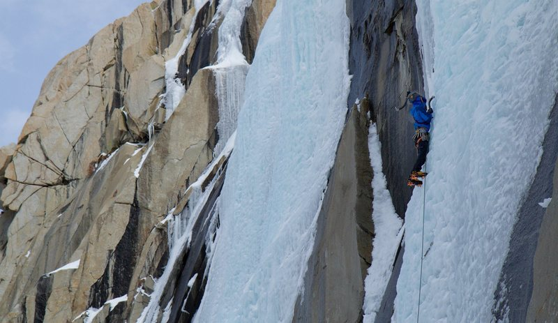 Ian McEleney making what was likely the last ascent of Caveman for the 2015/2016 ice season.