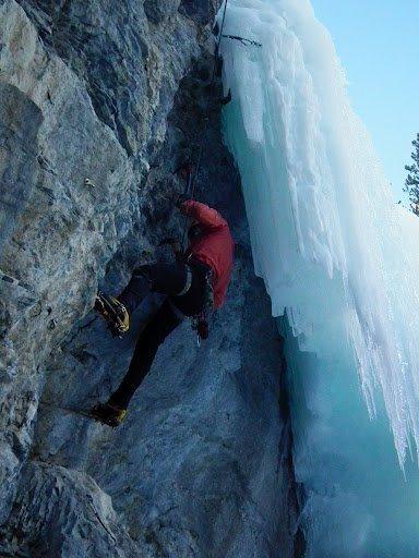 Mixed climbing at Bear Spirit