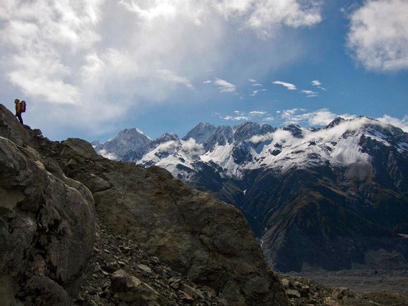Rock Climbing Photo: High above the Tasman Glacier, on the slopes of Mo...