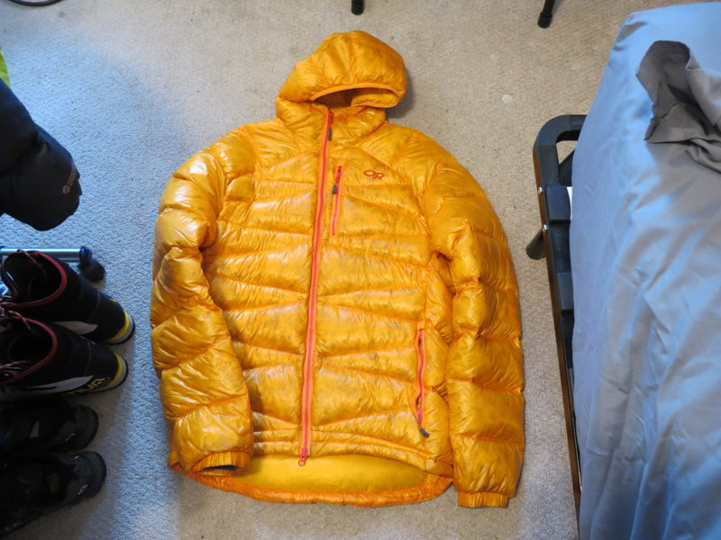 FS: Puffies, Soft shell, Ice tools, harness, backpack