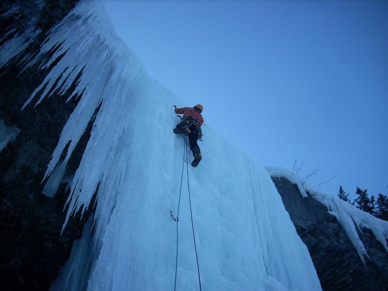 Leading the second pitch of Guinness Gully