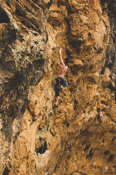 Rock Climbing Photo: Clipping the anchors on Ghost Dancers 5.12a