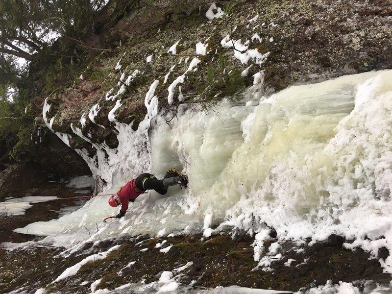 Rock Climbing Photo: East side, gorge falls, black river