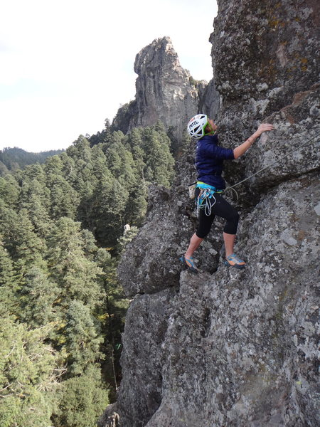 Rock Climbing Photo: Hillary Allen finishes the 1st pitch of the Regula...