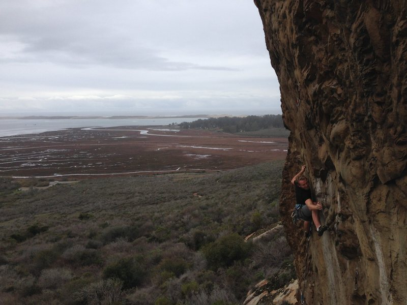 John Hickey negotiating the crux of Olas Negras. Photo by Aaron Formella, 01-10-2016
