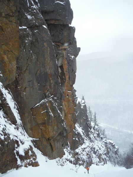Gorgeous walls, and an alpine feel.  Great route!