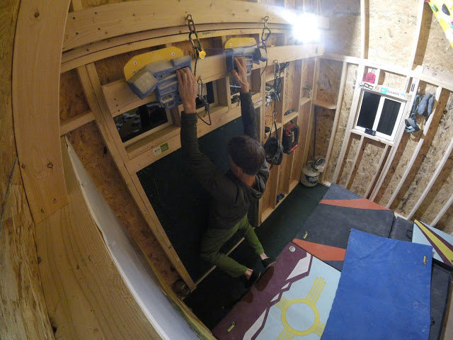 Adjustable Rock Prodigy hangboard setup