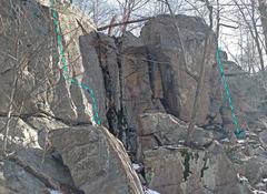 Rock Climbing Photo: Wichquawanck - center gully from SW F. Biltong N. ...