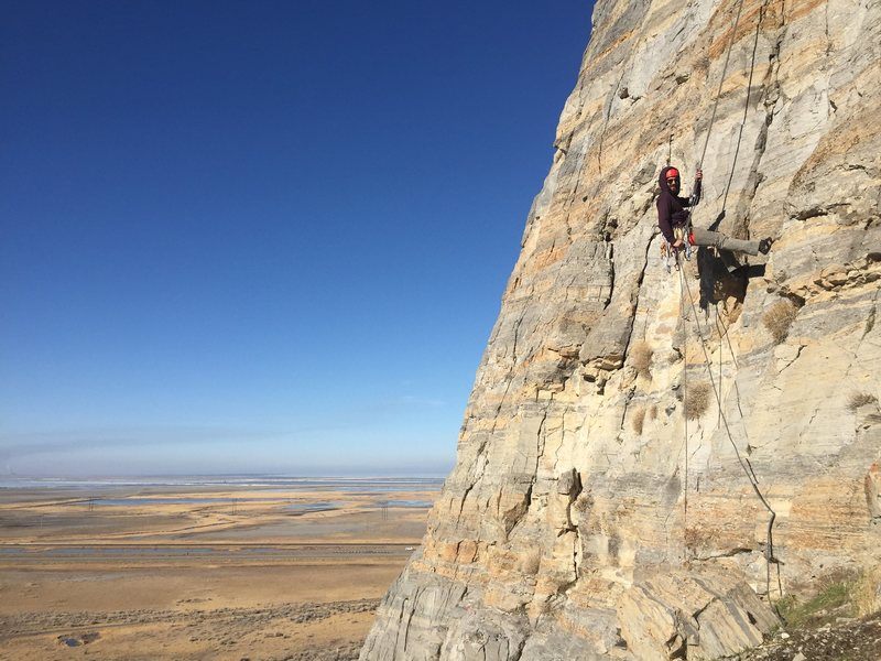 Rock Climbing Photo: Jake rapping off Lion Paw on a cold February day (...
