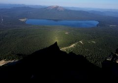 Rock Climbing Photo: View of Diamond Lake and Mount Bailey from the sum...