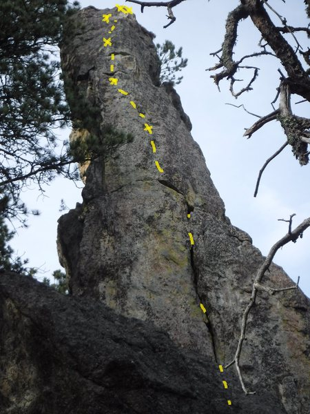 Lower section of crack is hidden, climb the rib or face straight up, good pro, nice anchor.