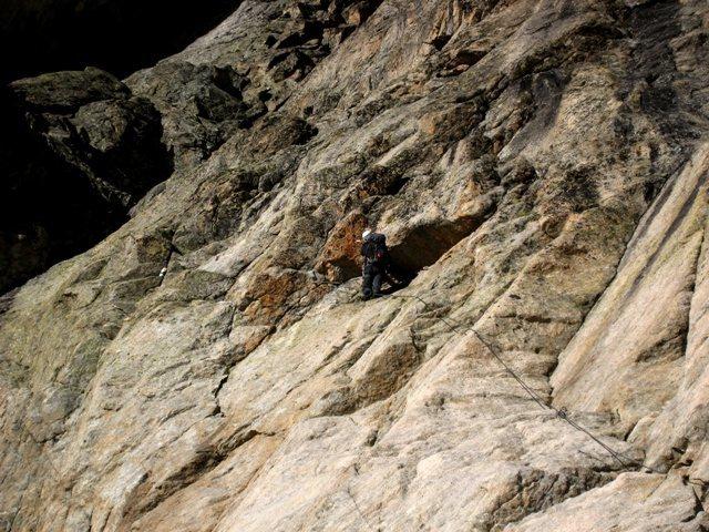 Rock Climbing Photo: Start of Voie du Nain