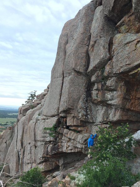 Rock Climbing Photo: Corner Man is directly above the climber in the bl...