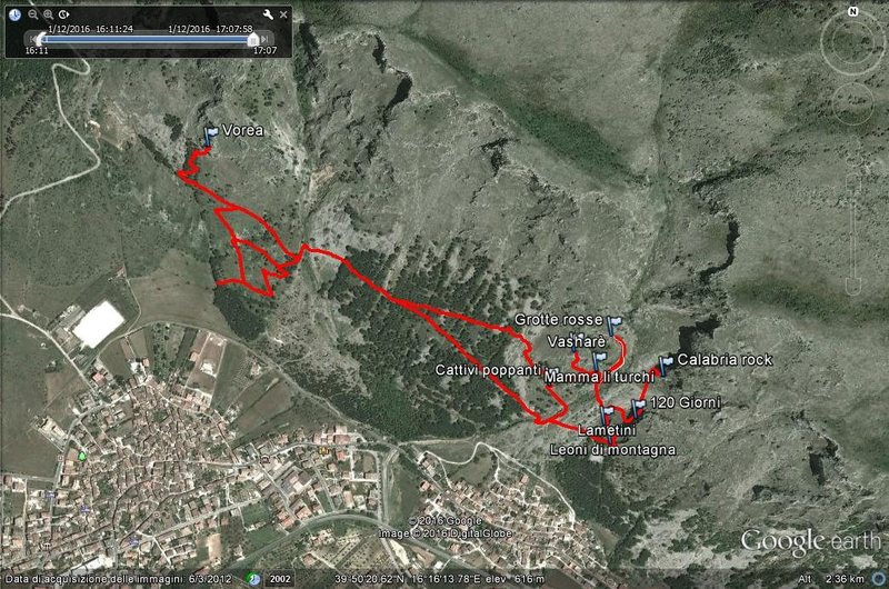 Rock Climbing Photo: track map