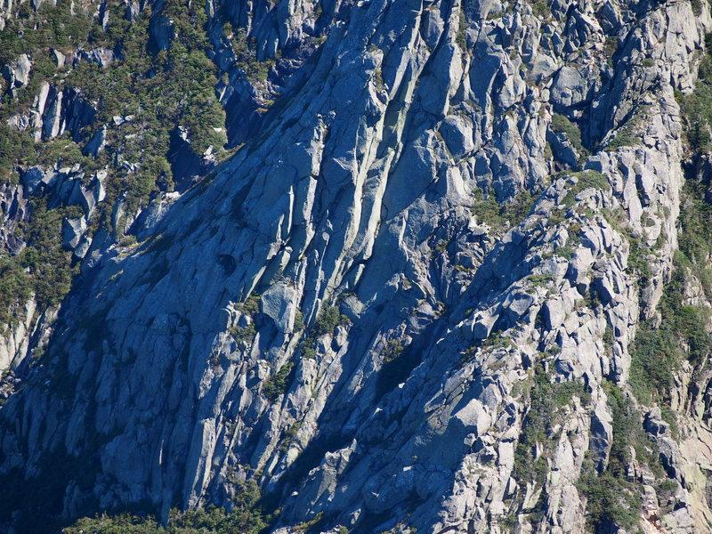 Pamola Ridges bottom section - telephoto