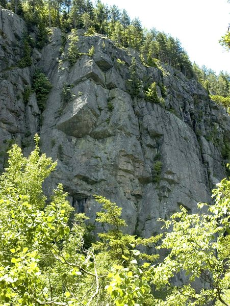 Another view of the cliff