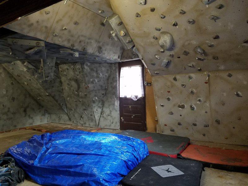 Rock Climbing Photo: The Garage Cave