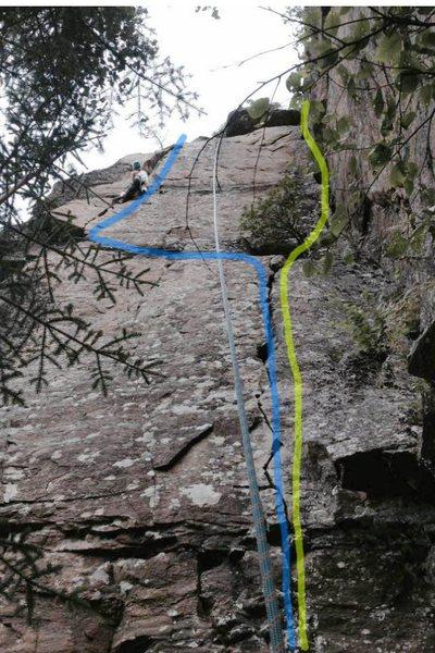 Rock Climbing Photo: Zone de Turbulence (bleu) Récompense moi le Cap (...