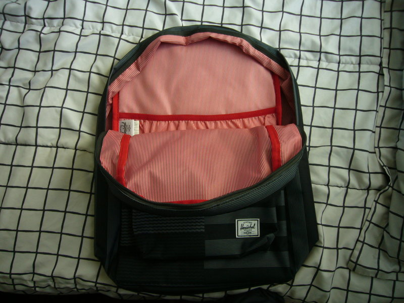 Signature interior lining showing laptop sleeve