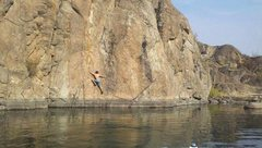 Rock Climbing Photo: Overwater Solo of 20 Meter Freestyle 10a