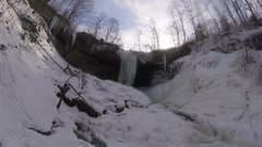 Rock Climbing Photo: Falls and side ice