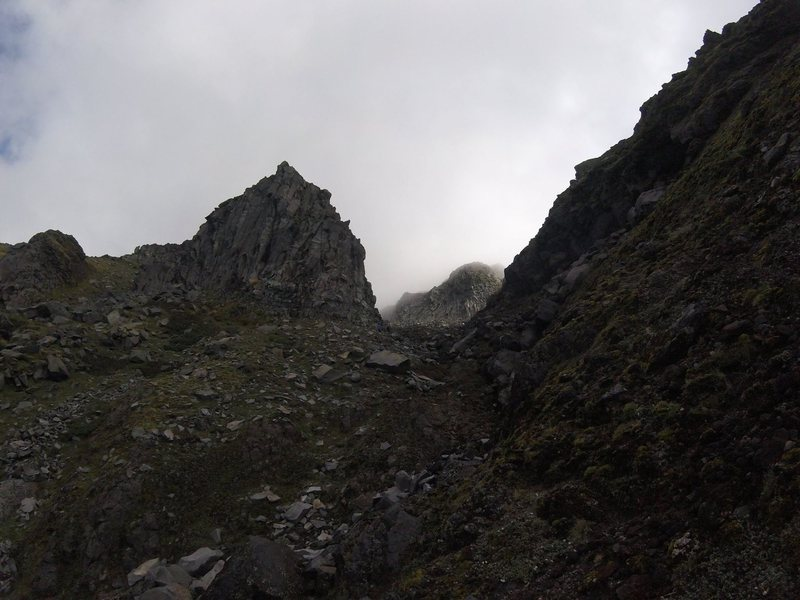 Rock Climbing Photo: Upper end of Organ Pipes valley. Little Eiger wall...