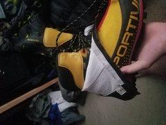 batura boots