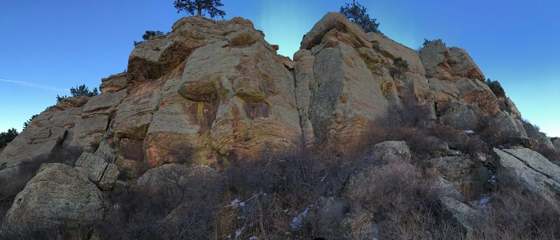 Beta photo for Marina Ridge, the forgotten crag above and to the north of the Sunshine Boulder.