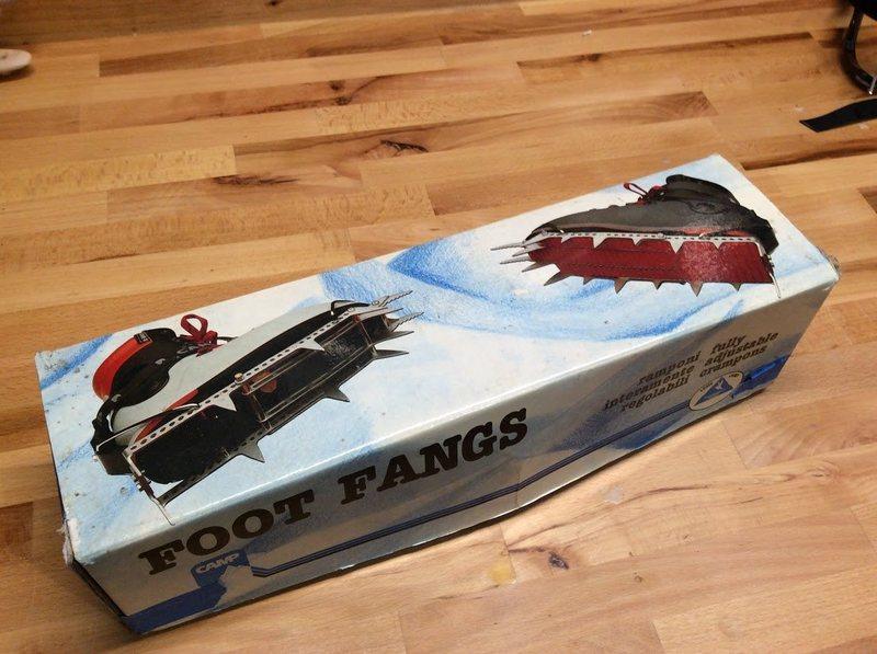 Foot Fangs 1
