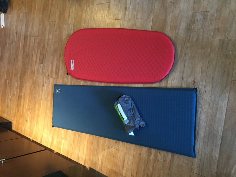 Thermarest = Red<br> REI = Blue