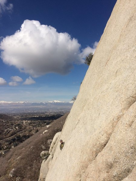 Climbing the second pitch of Crescent Crack