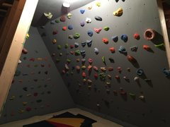 Rock Climbing Photo: 30-degree overhang, about 11 feet long. the ceilin...
