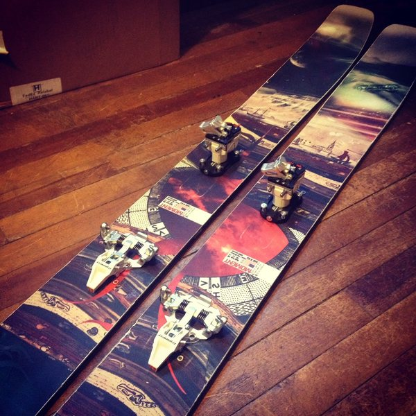 Rock Climbing Photo: Skis 1